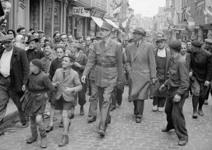Charles de Gaulle en de bevrijding van Parijs