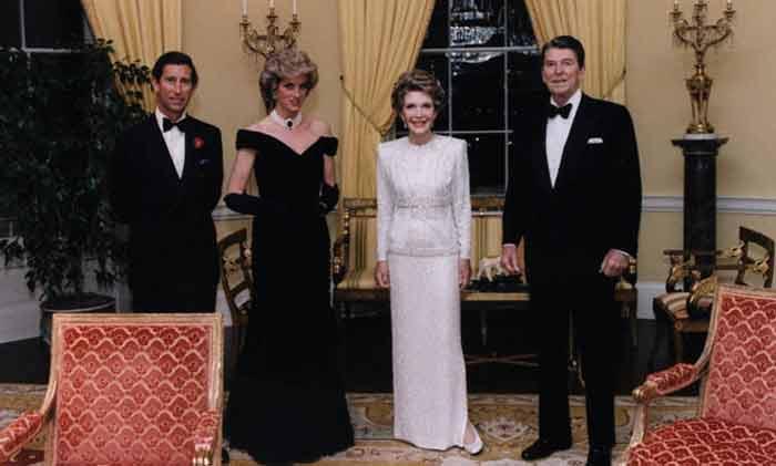 Charles en Diana bij de Reagans in het Witte Huis tijdens hun staatsbezoek aan de VS in 1981