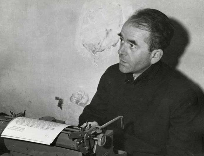 Albert Speer in zijn cel in Neurenberg