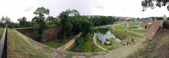 Max van der Stoel park in Praag